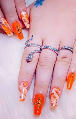 Best Acrylic Spring Nail Designs Trending In 2020 24