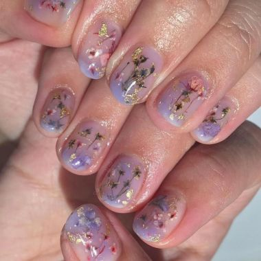 Cute And Chic Nail Design Ideas For Brides 44