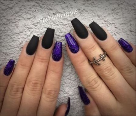 Pretty Acrylic Nails Ideas To Perfect Your Styles 15