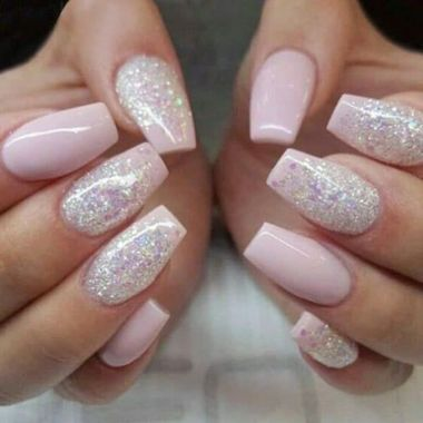 Pretty Acrylic Nails Ideas To Perfect Your Styles 23
