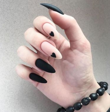 Pretty Acrylic Nails Ideas To Perfect Your Styles 47 1