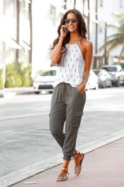 Casual Summer Fashion Trends For Women 05 1