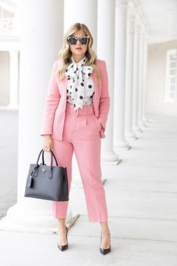 Inspiring Office Work Outfits Ideas To Wear This Spring 24