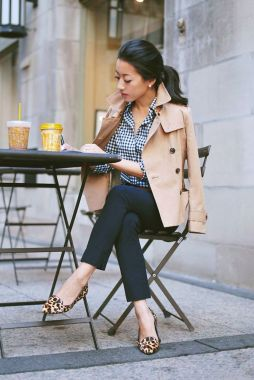 Inspiring Office Work Outfits Ideas To Wear This Spring 39