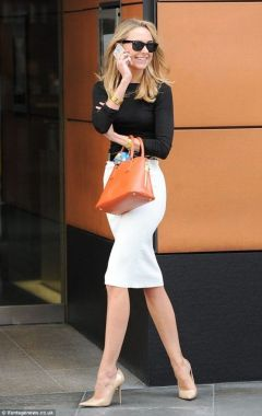 Inspiring Office Work Outfits Ideas To Wear This Spring 42