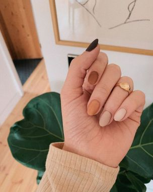 Populariest Summer Nail Colors Of 2020 42