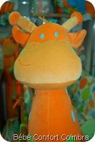 girafa_curiosa_tuc_tuc