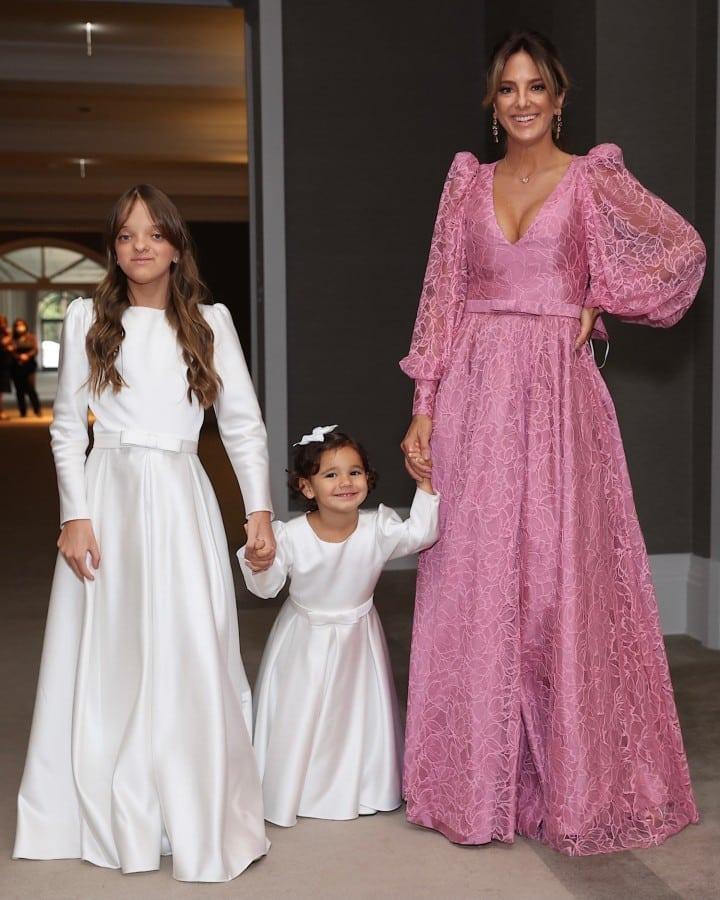 Rafaella Justus and Manuella as bridesmaids