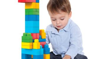 Cómo jugar con niño de los 16 a los 20 meses de edad