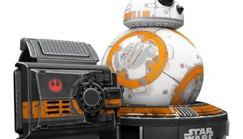 Star Wars - Droide BB-8 Battle Worn con Force Band (unos 216 euros)