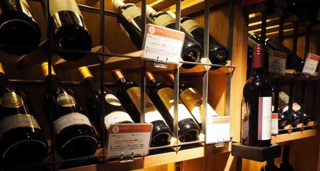 六本木_焼肉_肉源のワインセラー_赤ワイン