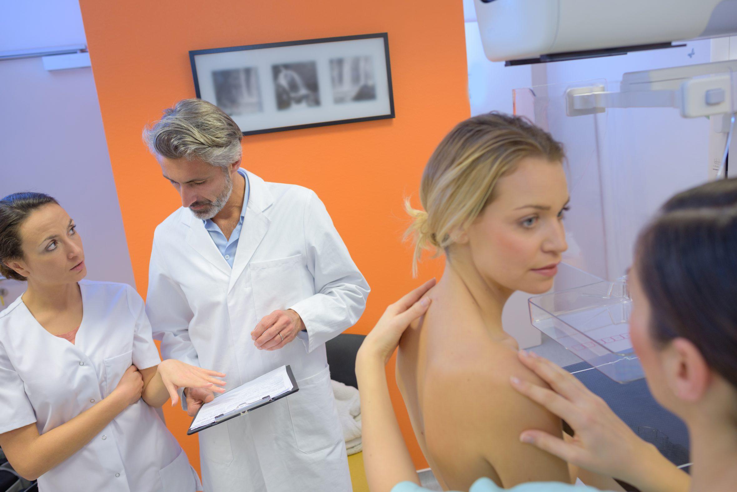 A mellrák diagnózisához kíméletes vérvizsgálat