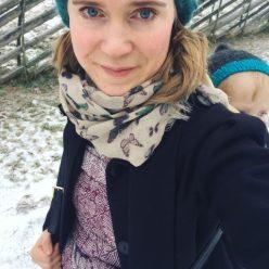 Rather new babywearing selfie with a borrowed Hubertine Encore