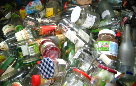 Glass recycling, photo by Gerd Altmann on Pixabay