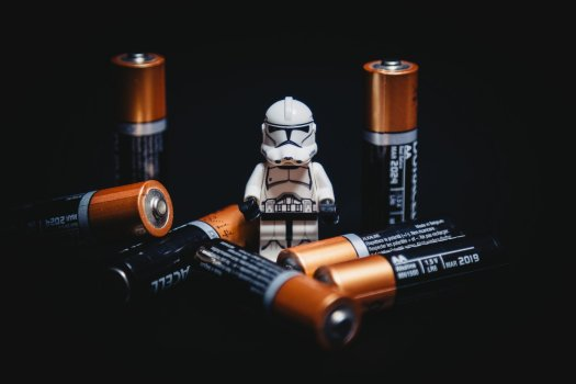 Lego Stormtrooper surrounded by Duracell batteries. Image by StockSnap from Pixabay