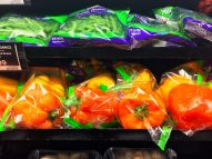 Bell pepper and green beans in convenient plastic packaging