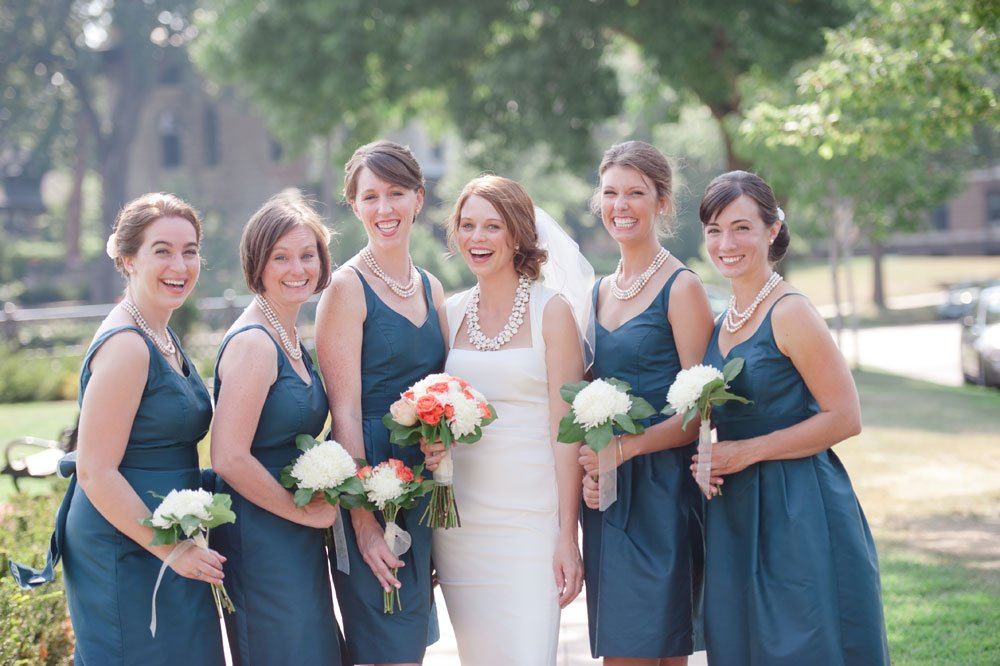 bride with 5 bridesmaids in blue dresses