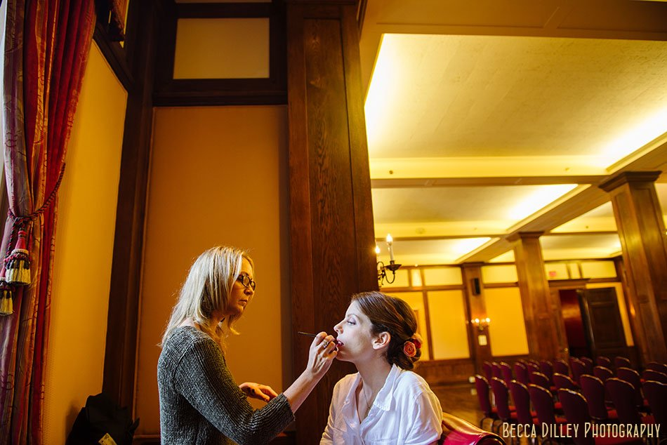bride getting ready at minneapolis club wedding