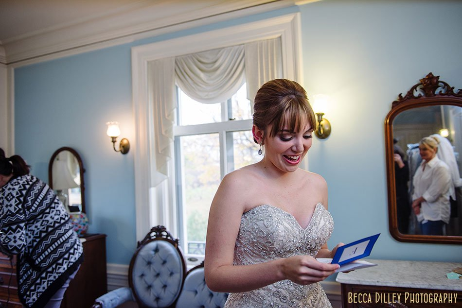 bride getting ready minneapolis wedding at gale mansion