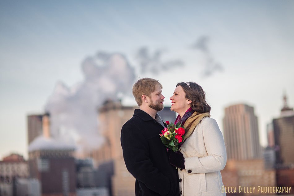 st paul elopement in winter with skyline