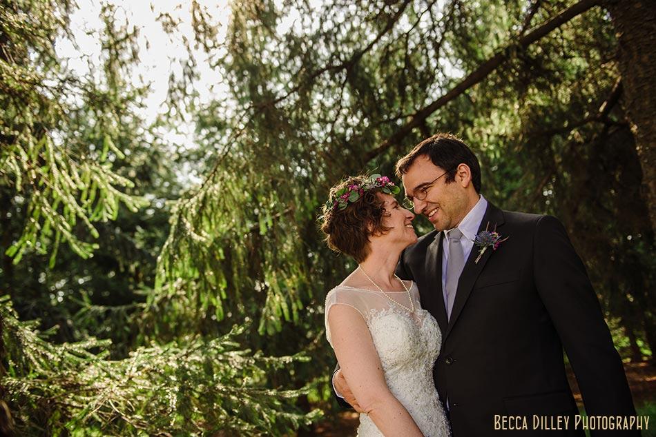 wisconsin wedding bride and groom prairie wedding madison wi