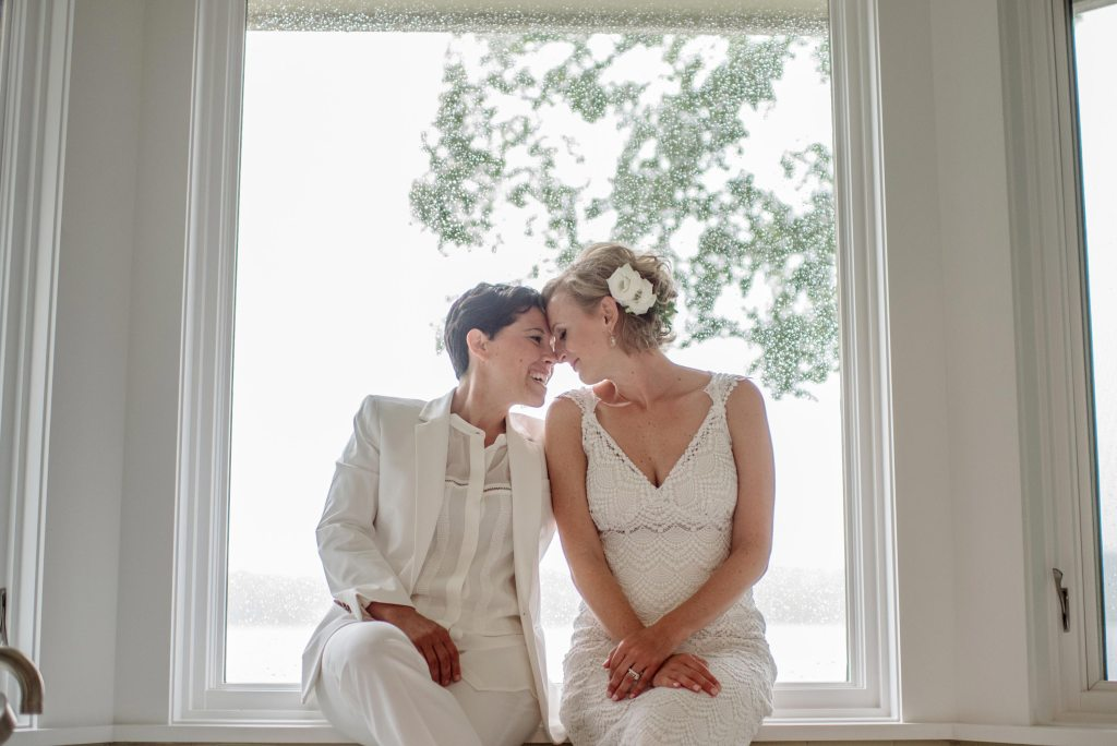 best-minneapolis-wedding-photographer-two brides