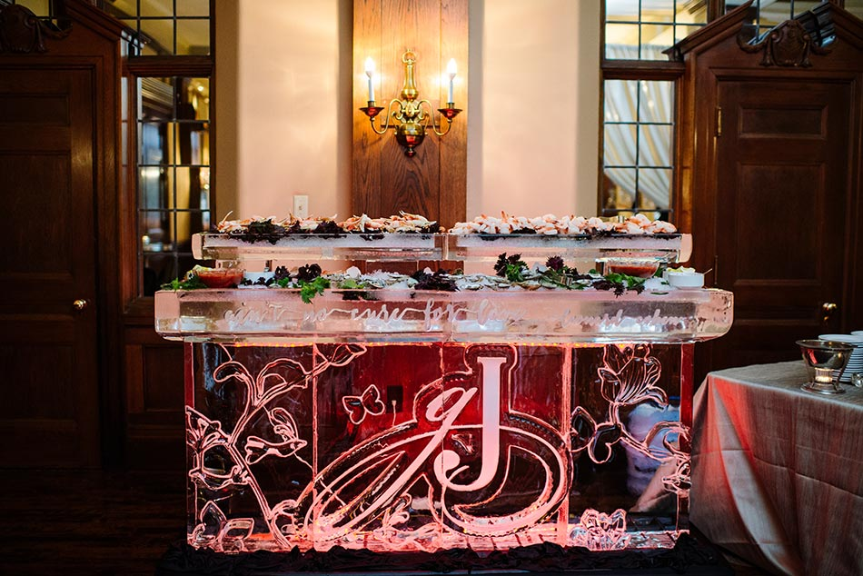 lavish-minneapolis-club-wedding-mn-022
