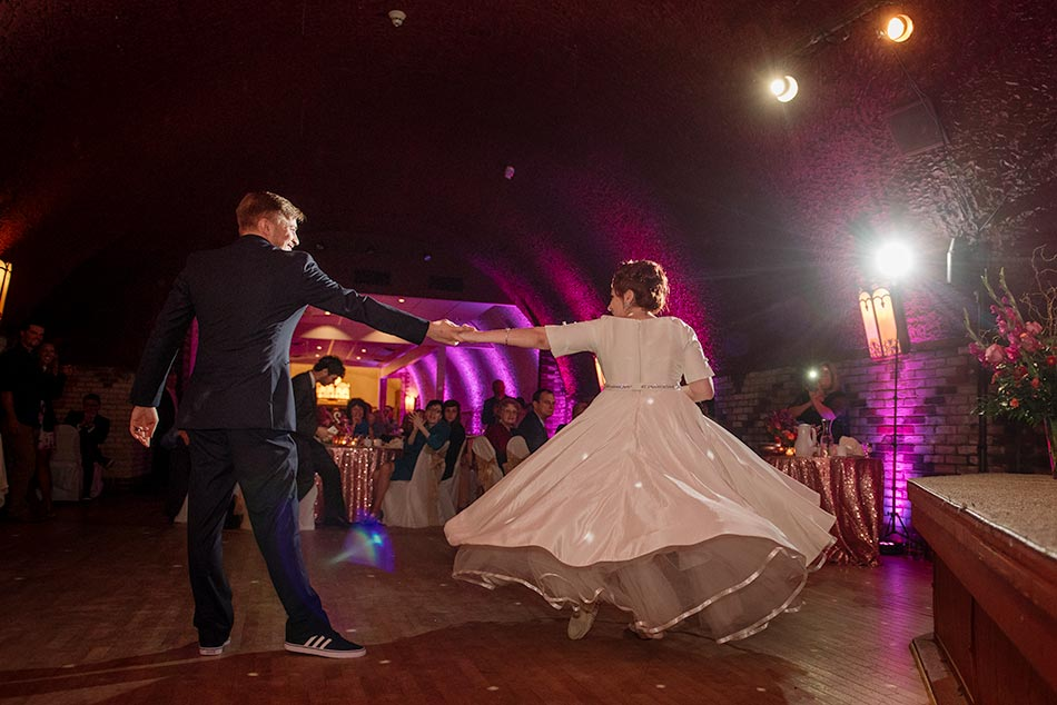 dancing wabasha street caves wedding st paul mn