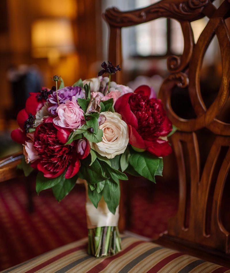 elegant floral Wedding at Minneapolis Club