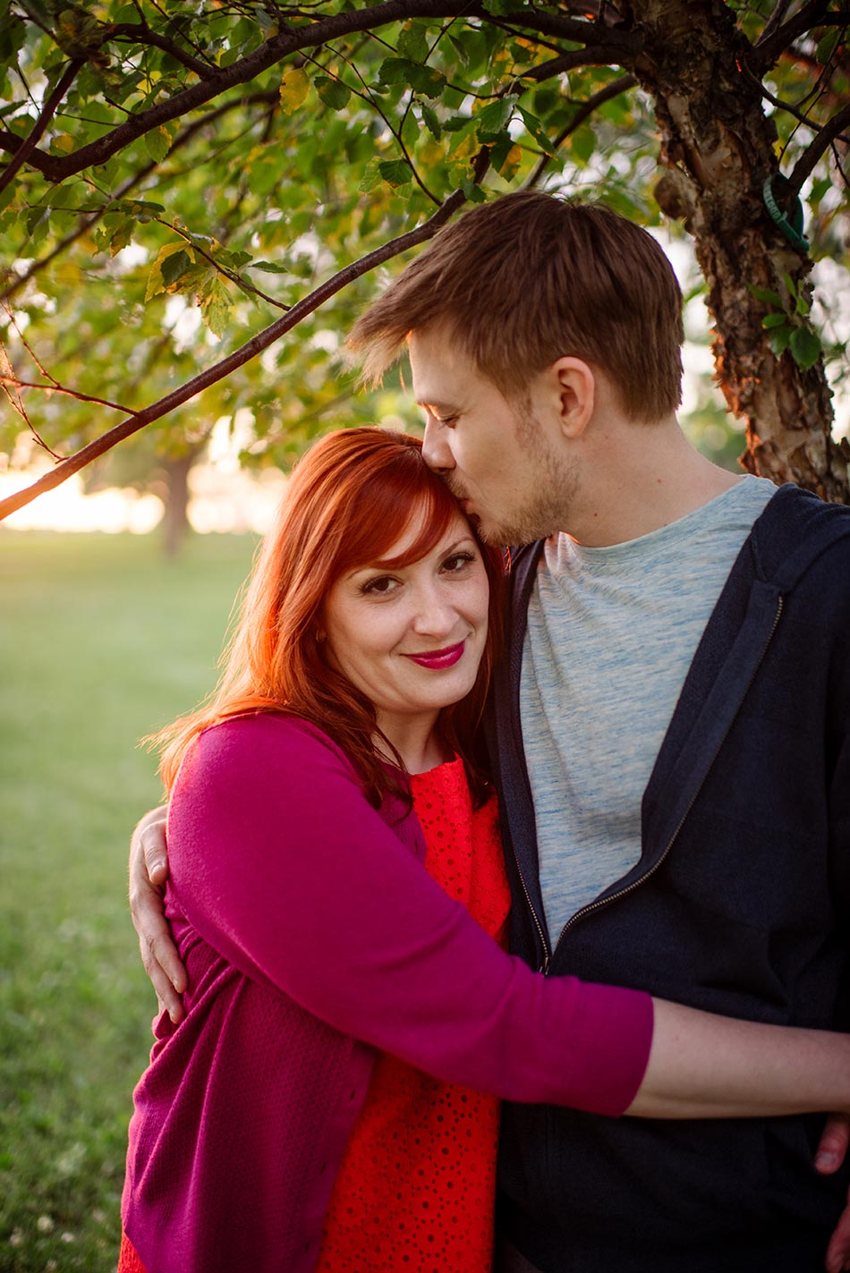 minneapolis Ferris Wheel Engagement photos at betty dangers country club