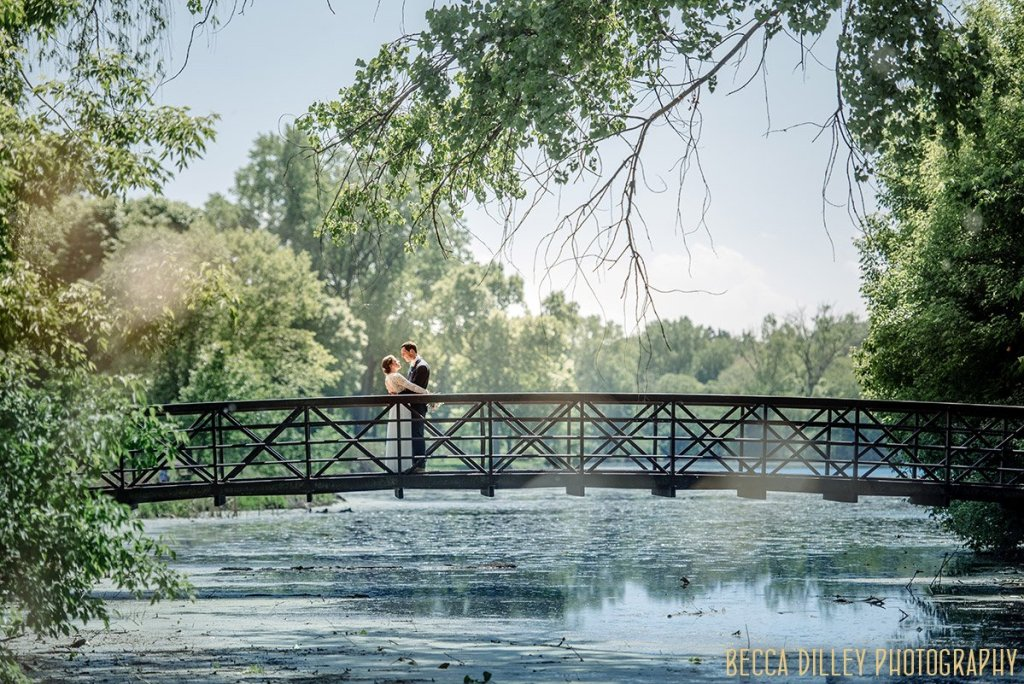 If you are planning your MN elopement summer MInneapolis meets Finland wedding