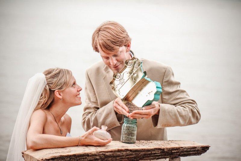 Northwoods MN Cabin wedding