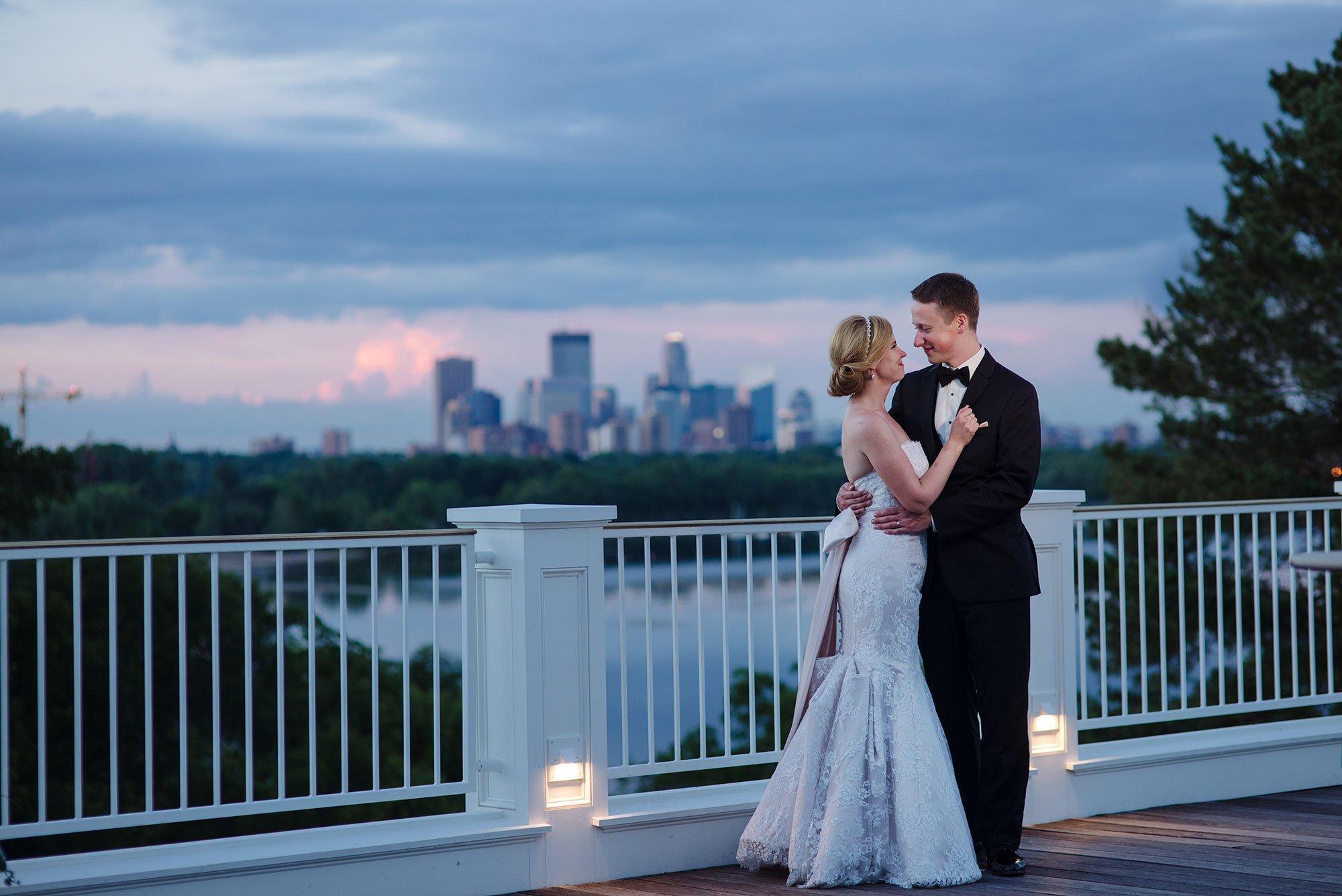 minikahda club wedding photographer