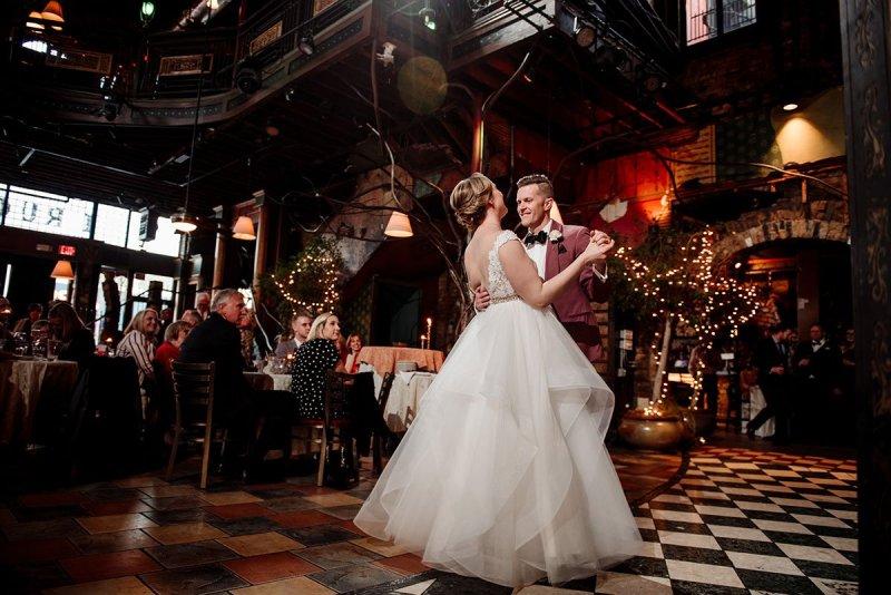 first dance at loring restaurant wedding minneapoils