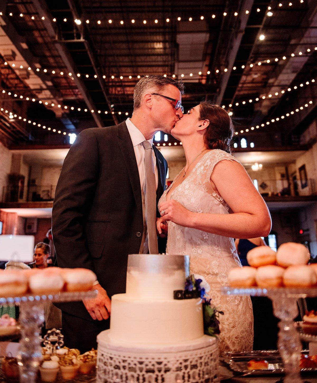 cut the cake reception for aria wedding minneapolis