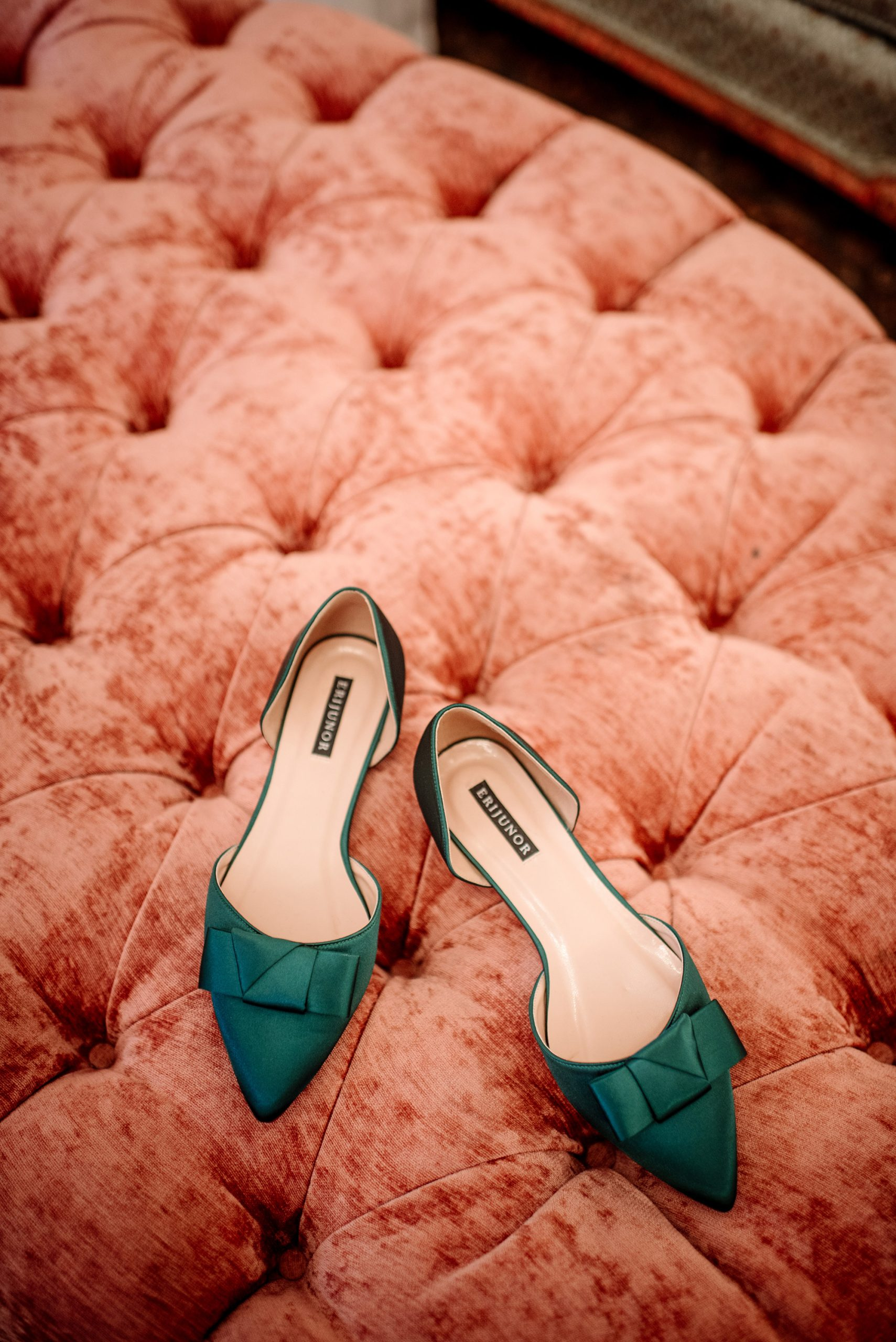 green shoes on pink velvet ottoman before st paul college club wedding mn