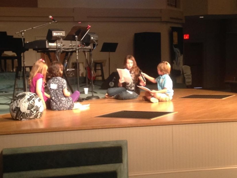 Church Christmas Program: What Do I Choose? Becca's Music Room. A guide to picking the correct christmas program for your children's church or sunday school