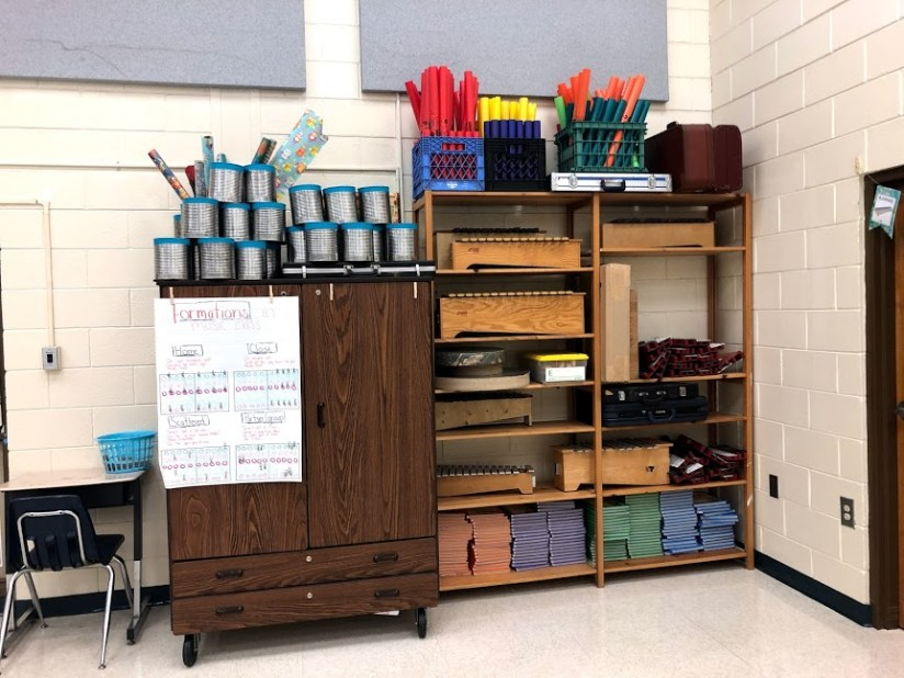 Elementary Music Classroom Tour: Around the World in 180 Days. World map/country themed music classroom decor. Simple classroom decorating and organizing ideas for general music class. Becca's Music Room