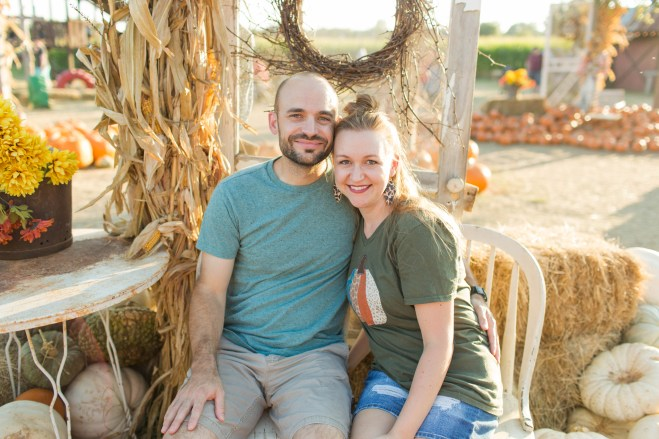 Pumpkin Patch Pictures | Becca Sue Photography - beccasuephotography.com