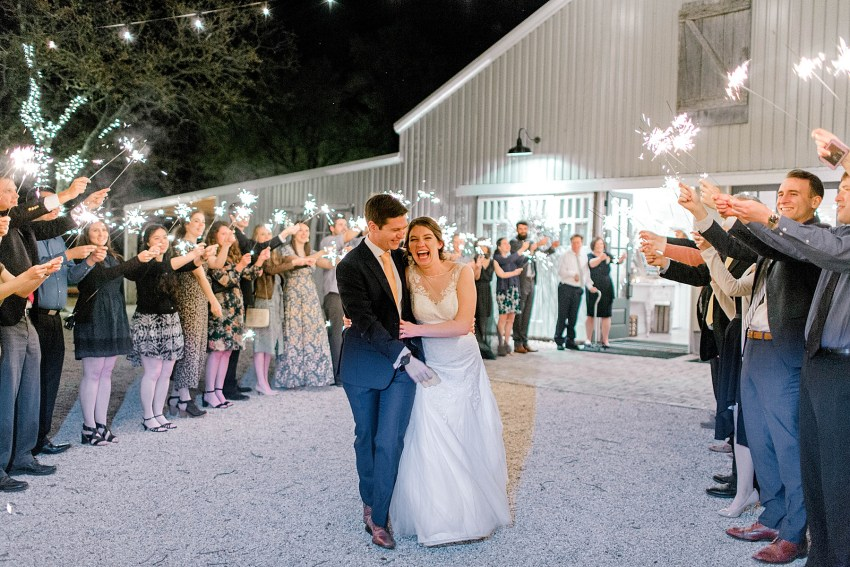 Peach and Sage Spring Wedding (Axtell, Texas)   Becca Sue Photography - www.beccasuephotography.com