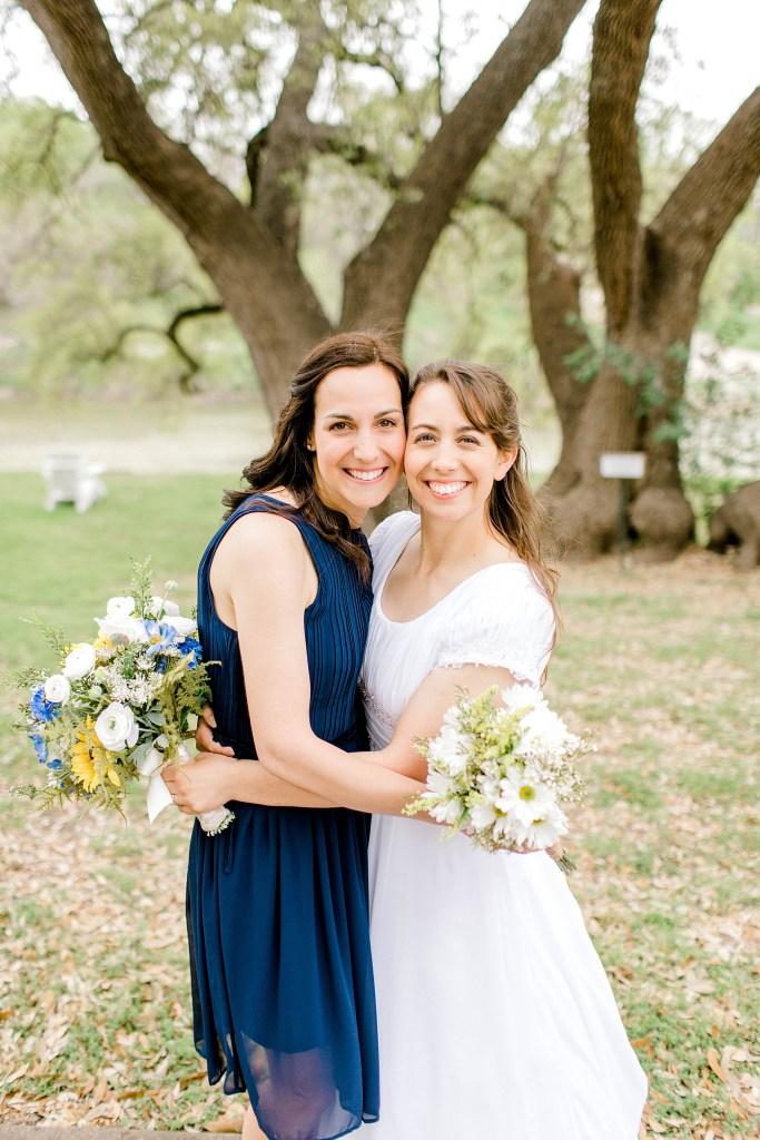 Simple and Sweet Spring Wedding (Glen Rose, Texas) | Becca Sue Photography - beccasuephotography.com