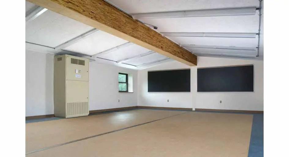 an-eco-friendly-classroom2