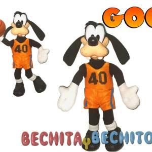 Goofy peluche basquet