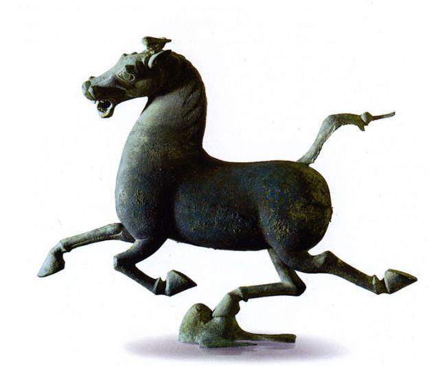 Flying_Horse,_East_Han_Dynasty