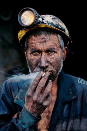 steve_mccurry coal miner