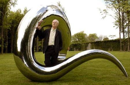 Tony Cragg with 'I'm Alive' (2005). Photograph: Matt Faber/PA