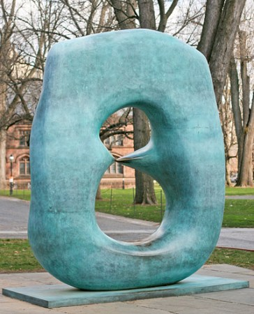 Oval with Points, by Henry Moore, on the grounds of Princeton University in Princeton, New Jersey.