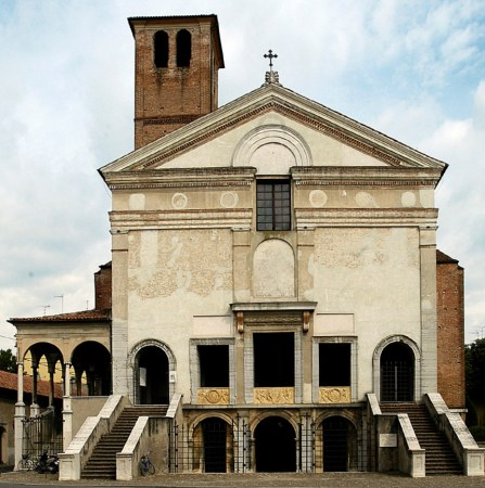 The Church of San Sebastiano, in Mantua, Italy, was designed by Leon Battista Alberti.