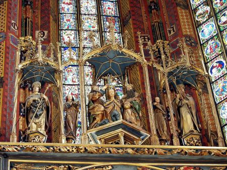 A sculpted scene of the Coronation of Mary tops the St. Mary Altarpiece, by Veit Stoss.