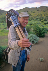 A 1995 photograph of Philip Hyde in Baja California, Mexico by Tom Bean.